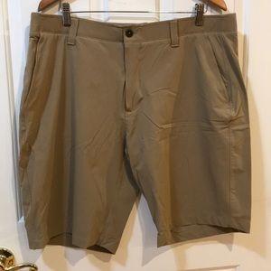 Under Armour Khaki Golf Shorts 40 EUC